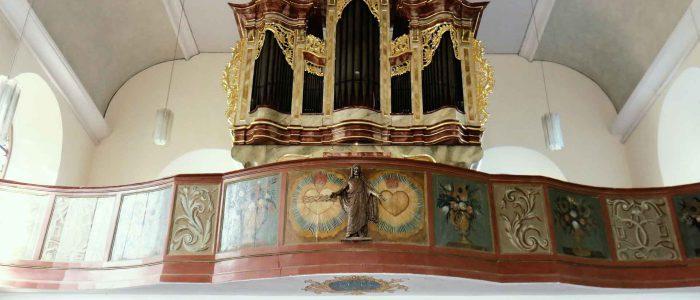 442-Vleugels-Orgelrestaurierung-Alsheim-Orgel-total-quer-MW-1920px