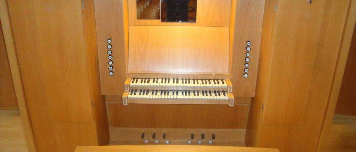 Aschaffenburg-Musikschule-248-Neu-Vleugels-Spieltisch-1920px-Neu