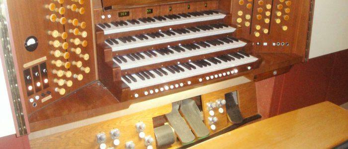 Bayreuth-Chororgel-426-Restaurierung-Vleugels-Spieltisch-nach-Restaurierung-1920px