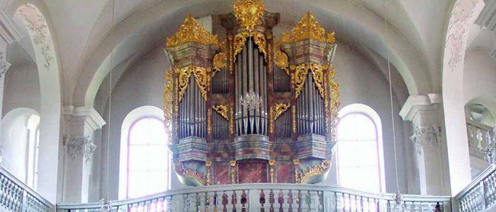 Limbach-321-Restaurierung-Vleugels-Wallfahrtskirche-Seuffertorgel-Ansicht-Orgel-im-Kirchenraum-1040px