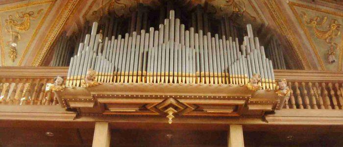 Muenchen-Ramersdorf-445-Restaurierung-Vleugels-Orgelansicht-von-unten