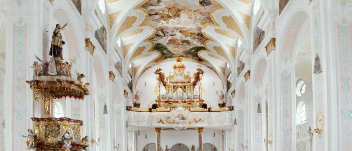 Neu-444-Vleugels-Kirchenorgel-Deggendorf-Hauptorgel-Orgel-im-ganzen-Kirchenraum