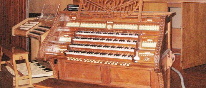 Rest-04-277-Vleugels-Orgelrestaurierung-Heidelberg-Stadthalle-Historischer-Voit-Spieltisch-wiki-rj-1920px