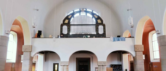 Rest-439-Vleugels-Orgelrestaurierung-Adelsdorf-St-Stephanus-Kirchenraum-mit-Orgel2