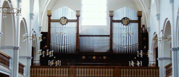 Schramberg-285-Restaurierung-Vleugels-Ansicht-Orgel-von-vorne-1040px